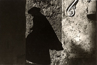 Ernst Haas, 'Positano Priest, Italy' 1953 © Ernst Haas, courtesy Getty Images.