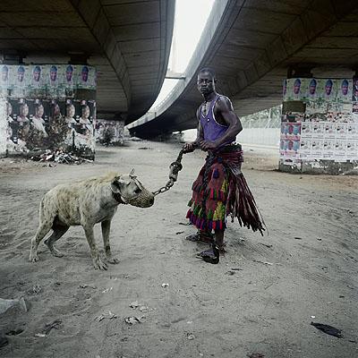 Pieter Hugo Abdullahi Mohammed with Mainasara, Lagos, Nigeria 2007 C-Print  100 x 100 cmCourtesy Galerie Bertrand & Gruner and the artist© the artist