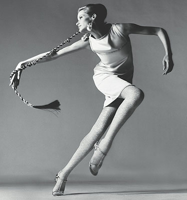 Veruschka, dress by Kimberly, New York, January 1967Photograph Richard Avedon© 2008 The Richard Avedon Foundation