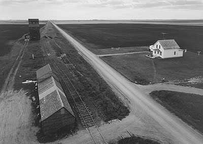 From Country Elevator, Red River Valley, 1957;courtesy Pace/MacGill Gallery, New York;© Estate of John Szarkowski