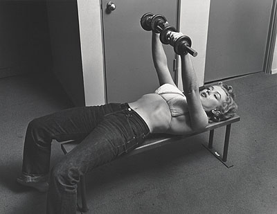 Philippe Halsman, Marylin with Barbells. 1952© Center for Creative Photography, University of Arizona, Tucson. Gift of Neikrug Photographica Gallery.