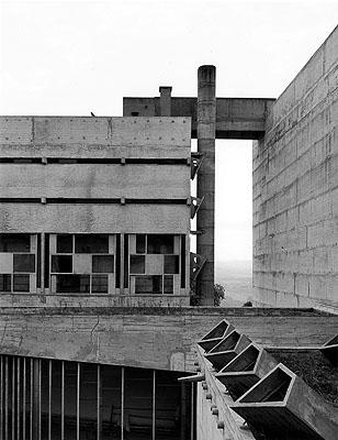 Le CorbusierMonastery Sainte-Marie-de-la-Tourette, Eveux-sur-L'Arbresle,France, 1957-1960Photo 1987© Klaus Kinold