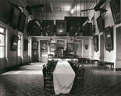 © Christopher Taylor. Freemason's hall, Mumbai, 2005.