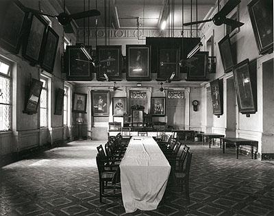 © Christopher Taylor. Freemason's hall, Mumbai, 2005.