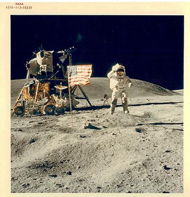NASA. Apollo XVI. John YOUNG. 1972.