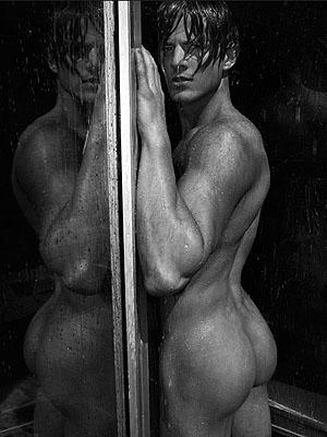 © Tony Duran