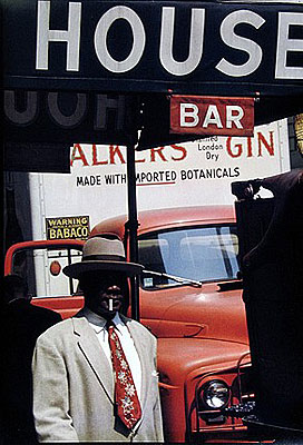 Saul LeiterHarlem 1960© Saul Leiter, courtesy Galerie f5,6 München