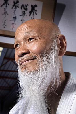 Hideo Ochi, 69, Karate-Trainer, aus der Serie SILVER HEROES, Bottrop, D 2009 © Karsten Thormaehlen