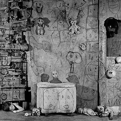 Roger Ballen, BOARDING HOUSE, Boarding House, 2008, courtesy of Hamiltons Gallery