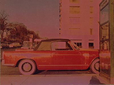 Paul Himmel: ohne Titel. (Solarisiertes Auto), 1966. C-Print, 24,7 x 33,4 cm. © Paul Himmel