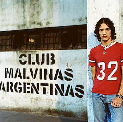 Zona Sur Barrio Piedra Buena, Buenos Aires, 2002 - 2003