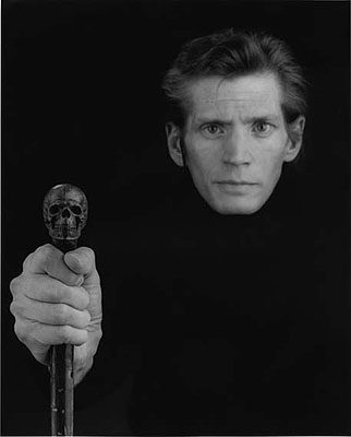 Robert Mapplethorpe: Self Portrait, 1988 © 2010 Robert Mapplethorpe Foundation
