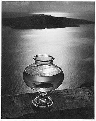 Goldfischglas, Santorin 1937© Michael Scheler/Hamburg und Münchner Stadtmuseum