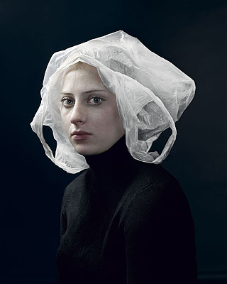 Hendrik Kerstens, Bag, 2008, inkjet print, 50 X 40 cm., Special Collections, Leiden University Library, courtesy Witzenhausen Gallery.