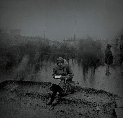 Alexey Titarenko, Untitled (Begging Woman), 1999, gelatin silver print