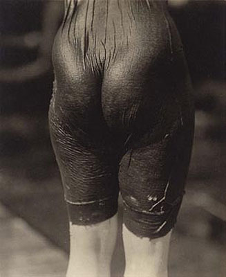 Alfred Stieglitz Ellen Koeniger 1916gelatin silver photograph, 11.1 x 9.1 cm J Paul Getty Museum, Los Angeles © J Paul Getty Trust© Alfred Stieglitz Estate