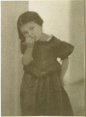 Heinrich KühnLotte, um 1907PigmentdruckPrivatbesitz © Estate