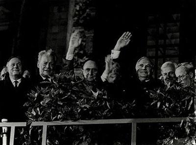 Barbara Klemm, Tag der deutschen Vereinigung, Berlin, 3. Oktober 1990, s/w-Foto, © Barbara Klemm, Frankfurt/Main