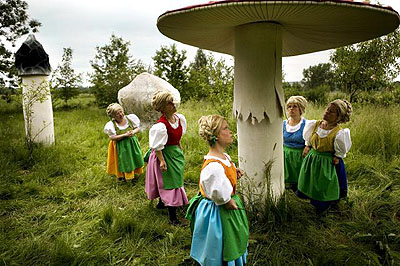 Katarzyna KozyraSummertale 2008 (production still), DVD, 20 minsProduced by Zacheta National Gallery of ArtCourtesy ZAK | BRANICKA Gallery, Berlin© the artist, Photograph: M. Olivia Soto
