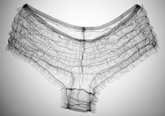 © Nick Veasey Kylie's Knickers