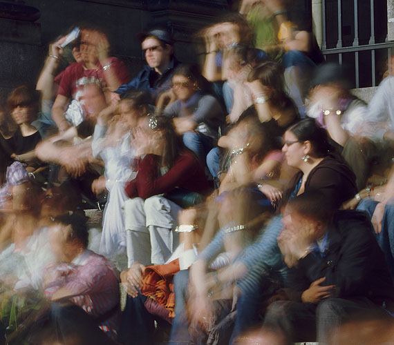 Michael Wesely, Altes Museum, Berlin (17.12 - 17.17 Uhr, 24.4.2009), 2010, courtesy Nusser & Baumgart, © Michael Wesely, VG-Bild-Kunst