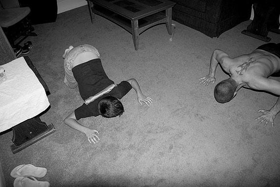 Pushups, 2009 © Eva Marie Rodbro