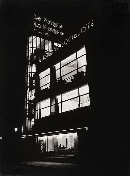 Willy Kessels, Le Peuple / La Presse Socialiste,  une realisation moderne des architects Fernand et Maxime Brunfaut, 1932 © Willy Kessels