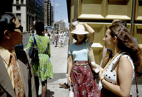 Joel Meyerowitz  New York City, 1974©Joel Meyerowitz, courtesy the artist and Edwynn Houk Gallery