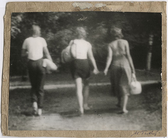 Miroslav Tichý (1926), MT 1-30, undatedgelatin silver print, 15 x 19 cm. Collection Gemeentemuseum Den Haag; courtesy Foundation Tichy Ocean