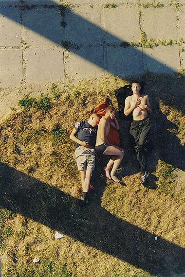 Paulien Oltheten, Drie jongens tussen twee lijnen, 2005