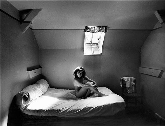 Im Dienstbotenzimmer_1960 © Robert Haeusser