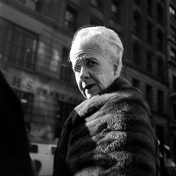 Vivian Maier: Twinkle, twinkle, little star # 19Untitled, Jan 26, 1955, New York