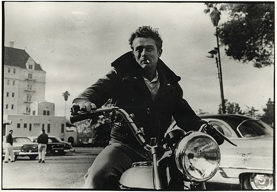 © Phil Stern / Courtesy Camera Work, Berlin , James Dean , on the Motorcycle , Los Angeles, 1955