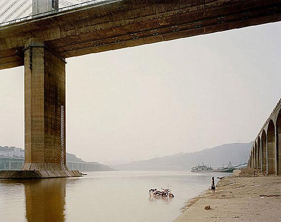 © NADAV KANDER, CHONGQING VII (WASHING BIKE), CHONGQING MUNICIPALITY, 2006