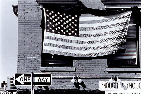 Robert Rauschenberg10-80-C-17 (NYC), 1980Aus der Serie: In and Out of City Limits: New York/Boston