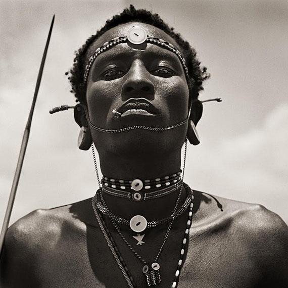 © Dana Gluckstein, Massai-Krieger, Kenia 1985
