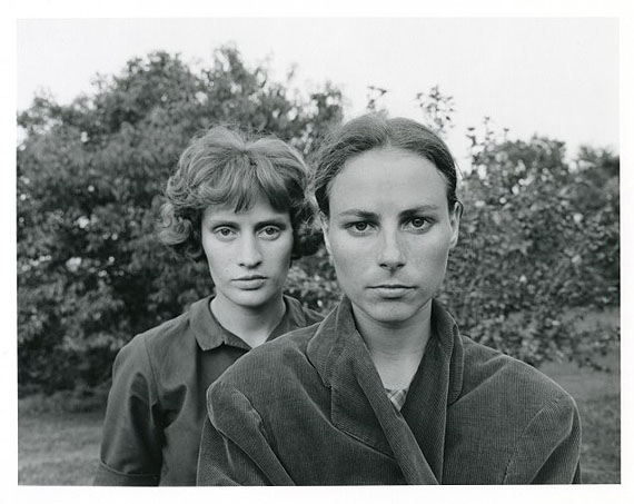 © Collection of Emmet and Edith Gowin, Ruth and Edith, 1966, Courtesy Pace/MacGill Gallery