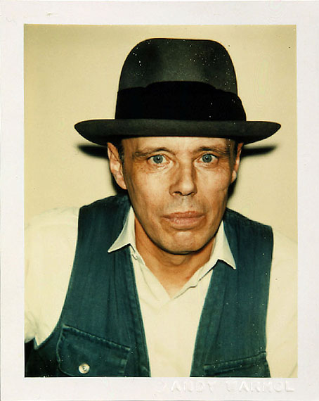 Andy Warhol: Joseph Beuys, 1977©The Andy Warhol Foundation for the Visual Arts, New York