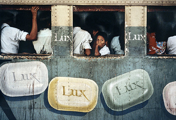 Lux Soap, Rangoon, Burma, 1994© Steve McCurry