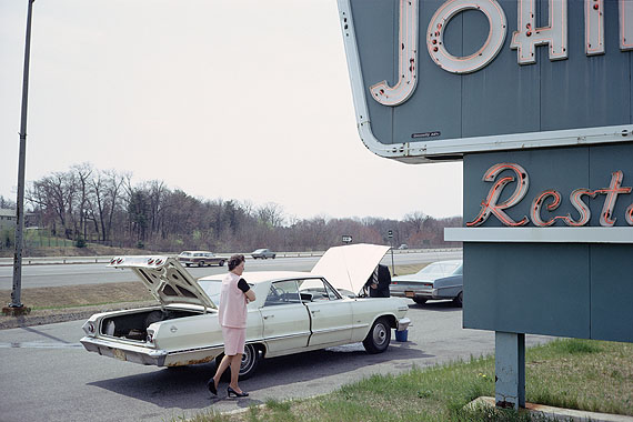 Mitch Epstein: Massachusetts Turnpike, 1973Aus der Serie