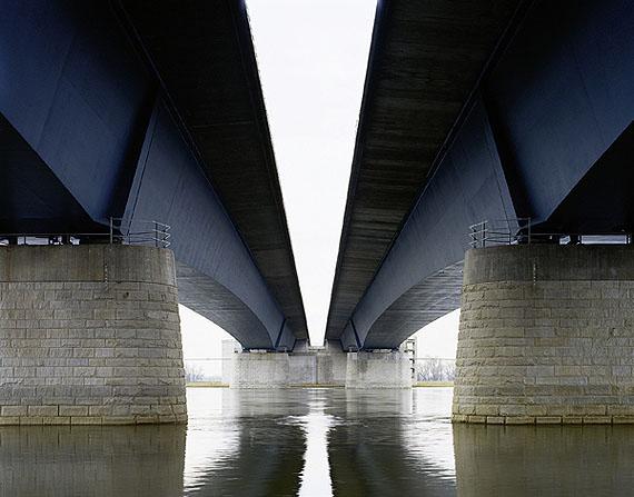 """Hans Christian SchinkA2, Elbebrücke Magdeburg I, 2003aus """"Verkehrsprojekte Deutsche Einheit"""", 1995-2003"""