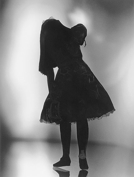 Transvest - Alice, 2002 Gelatin Silver Print 148 × 112 cm© Yuki Onodera