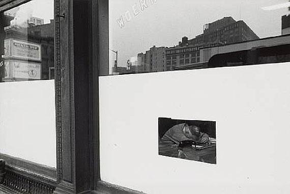 Lee FriedlanderNew York City, 1964Gelatin silver printEstimate: $7,000 - 9,000© 2011 Bonhams & Butterfields