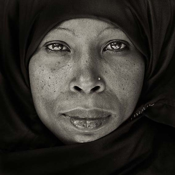 Dana GlucksteinLamu Woman, Kenya, 1985