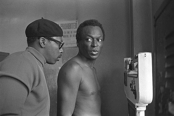 Miles Davis at Gleason's, Gleason's Gym, New York City, 1969. 40,5x51 cm © Baron Wolman