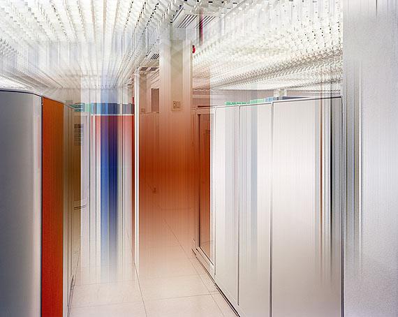 Ralf Brueck, Pink mist, 168 x 210 cm, 2011, c-print