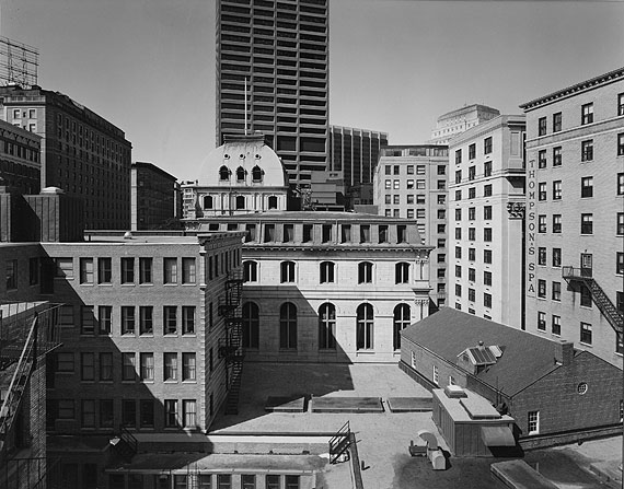 Buildings on Tremont Street, Boston 1975foto: Nicholas NixonGeorge Eastman House