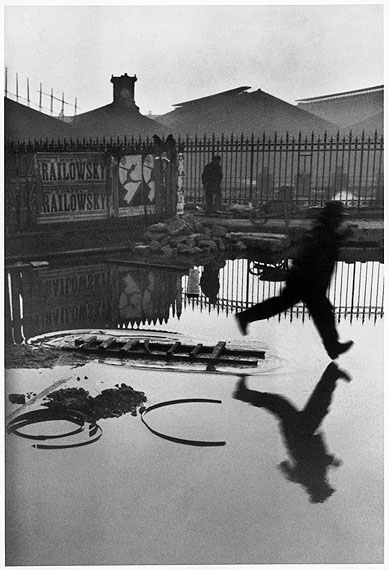 © Henri Cartier-Bresson /Magnum PhotosFRANCE. Paris. Place de l'Europe. Gare Saint Lazare. 1932.
