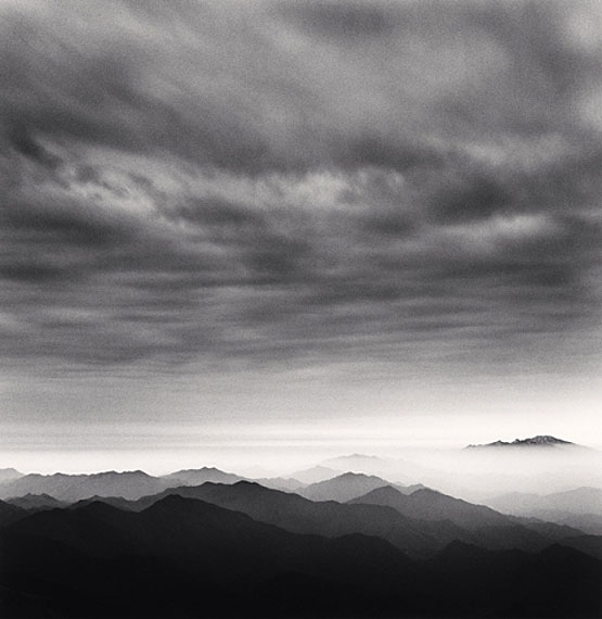 Michael KennaHuangshan Mountains, Study 41, Anhui, China, 2010Edition von 45Gelatin Silver Print, Sepia tonedca. 20 x 20 cm