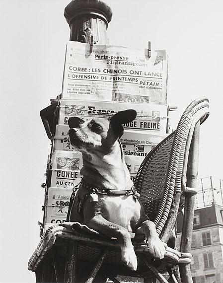 """Izis""""Boulevard Poissonnière"""", nicht datiert, ca. 1951Aus der Serie """"Grand Bal du Printemps""""© Nachlass Izis / Sammlung Manuel Bidermanas"""
